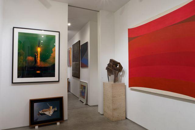 Capsule Gallery